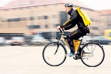 Kurjeriai dviraèius mins ir þiemà