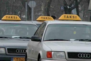 Taksi automobilis atvyks greičiau iškvietus jį telefonu 118
