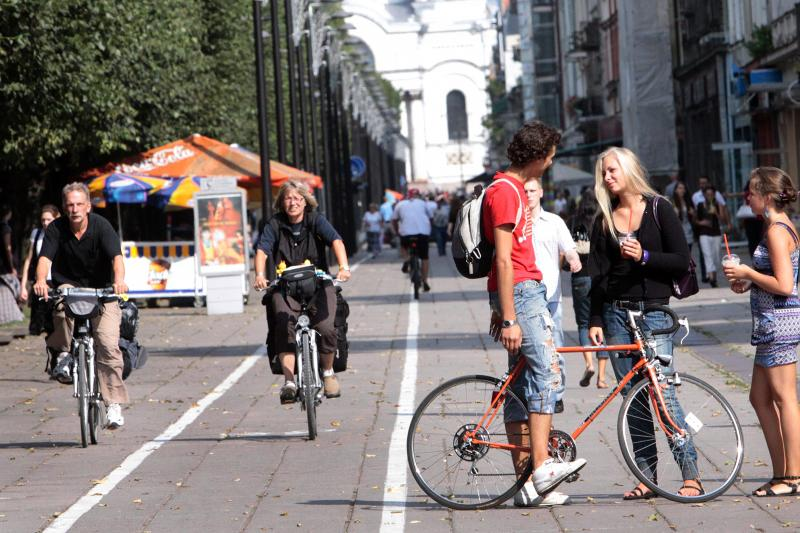 Politikai užsimojo išguiti dviratininkus iš Laisvės alėjos
