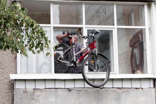 Dėl dviračių vagys veržiasi į butus