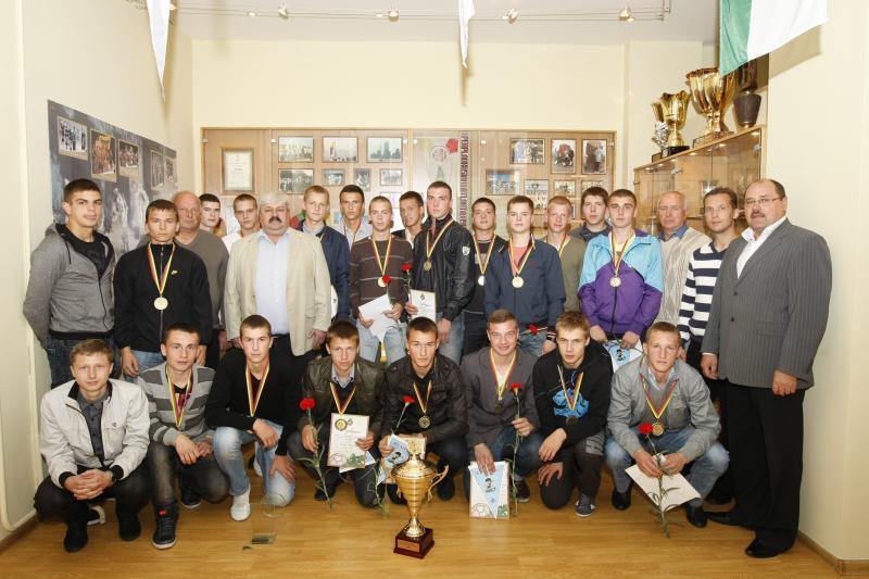 Klaipėdos futbolo mokyklos jauniams suspindo auksas
