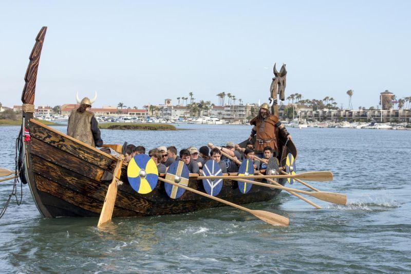 Klaipėdai   reikia    vikingų   laivų