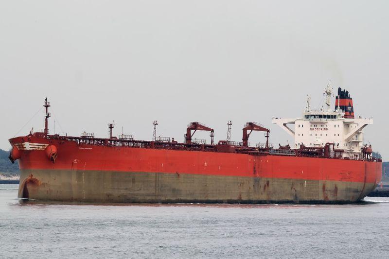 Uostą  dažniau  lanko  dideli  laivai