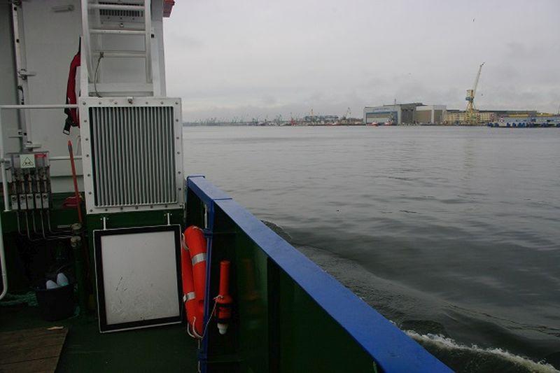 Naujos  baudos  palies   ir   laivybą