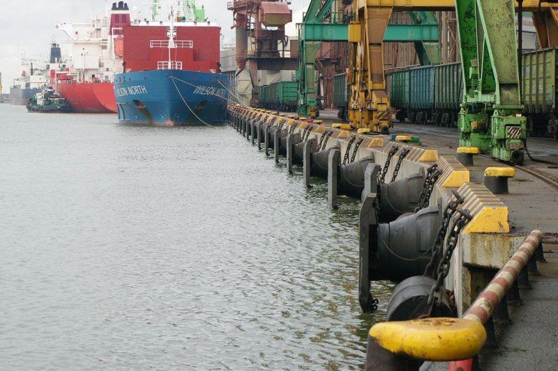 Uoste – švartavimo  įrangos  įvairovė