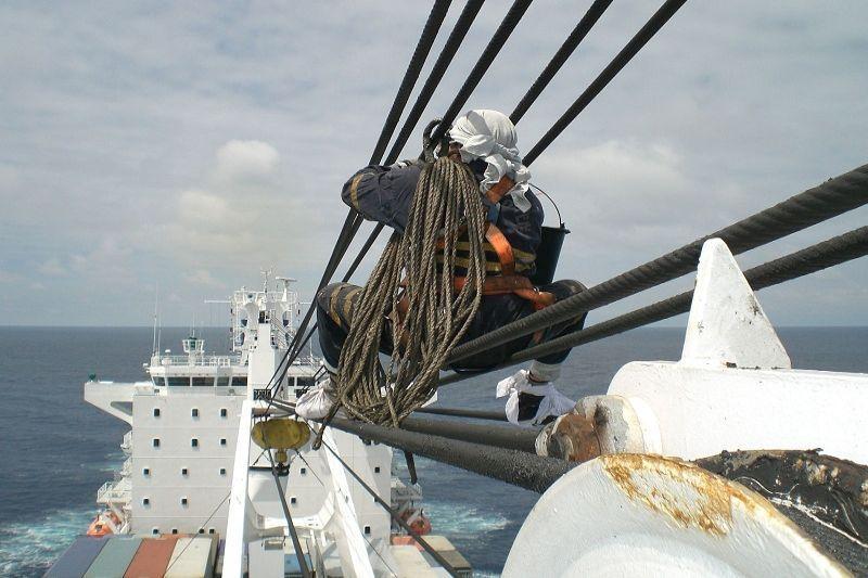 Laivų savininkai privalės grąžinti jūrininkus