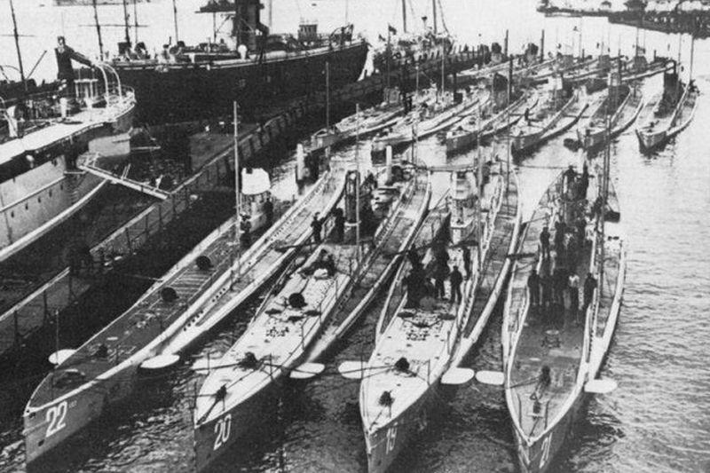 Dirbtiniai spąstai povandeniniams laivams