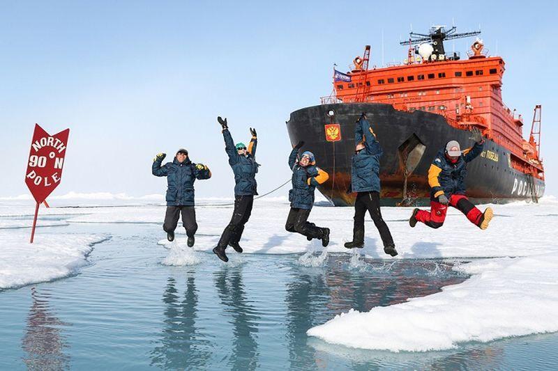 Turistų antplūdis į šiaurės poliaus kruizus