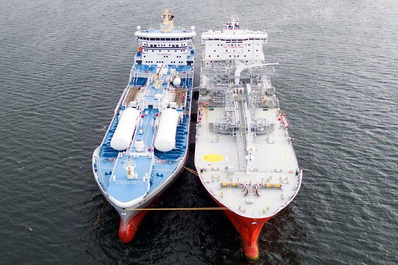 Dujos uostuose tampa vis populiaresnės