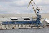 Latvijos statybininkai klampina uostą