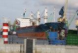 Bankrotų  bangos  skalauja  ir  uostą