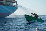 Piratai   dažniau  grobia  jūrininkus